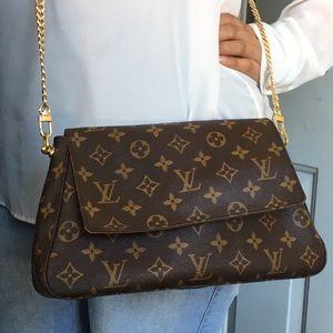 Louis Vuitton Bags - Louis Vuitton looping mini✅